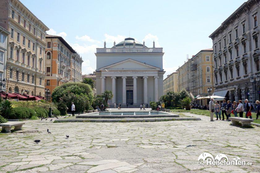 Die Chiesa Parrocchiale Sant'Antonio Taumaturgo in Triest