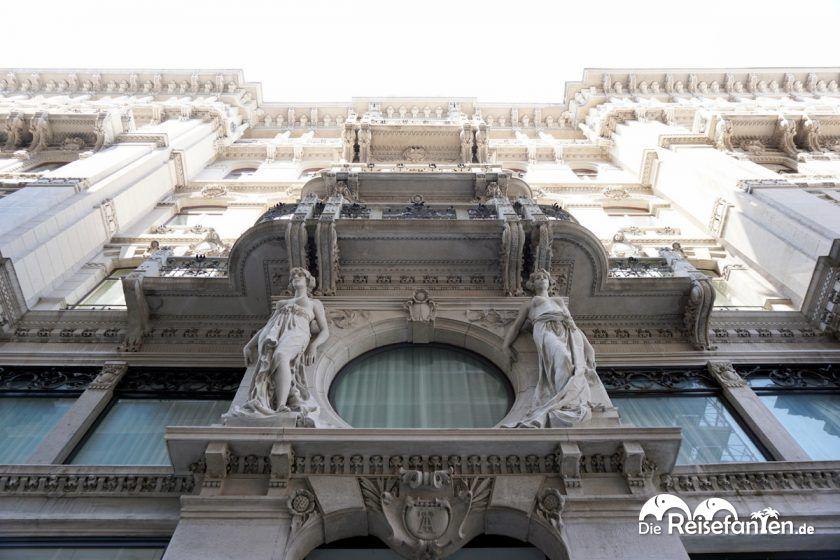 Die Gebäude in Triest sind aufwändig gestaltet