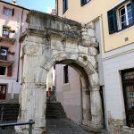 Römischer Straßenbogen in Triest