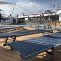Sonnenliegen auf der Mein Schiff 2
