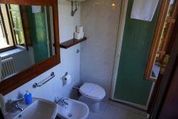 Badezimmer in der Fattoria Voltrona San Gimignano