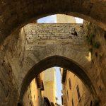 Steinbogen in San Gimignano