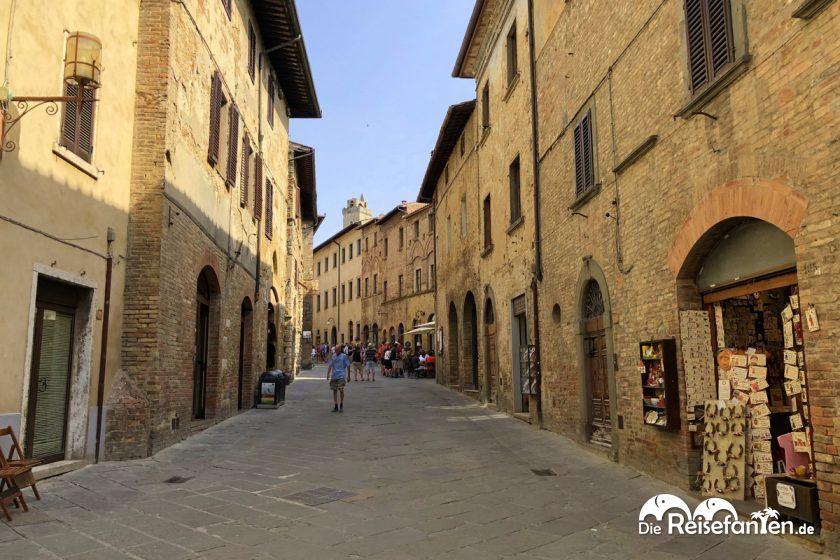Leere Strassen in der Altstadt vo San Gimignano