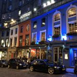 Pubs in der Altstadt von Edinburgh