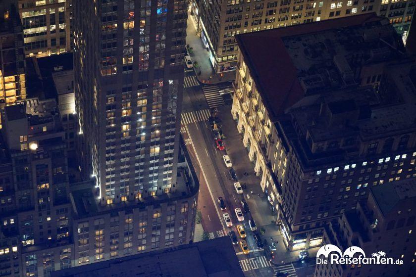 Blick auf die Straßen vom Empire State Building in New York