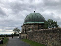 Die Sternwarte am Calton Hill
