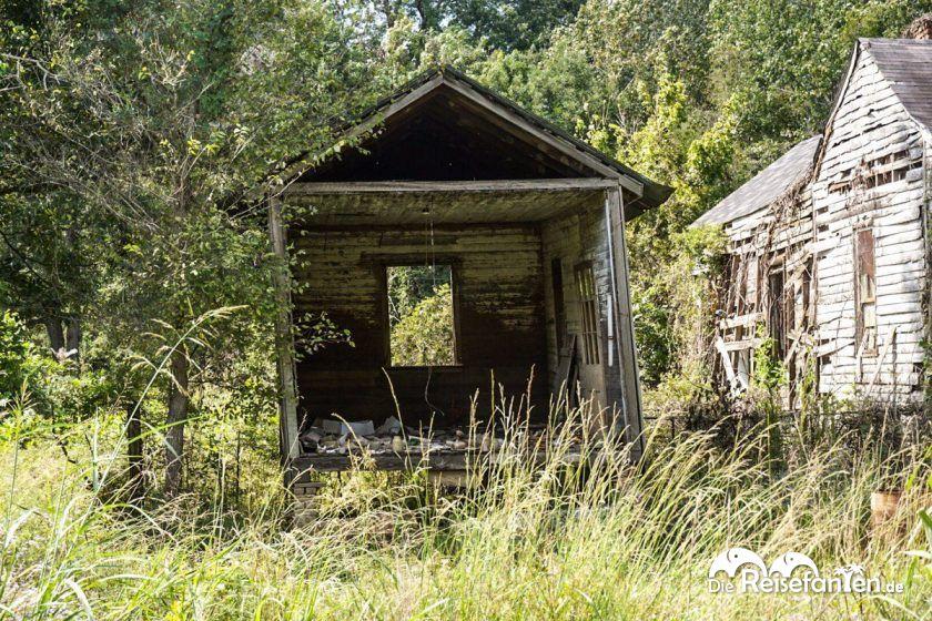 Ein eingefallener Schuppen in Rodney, Mississippi