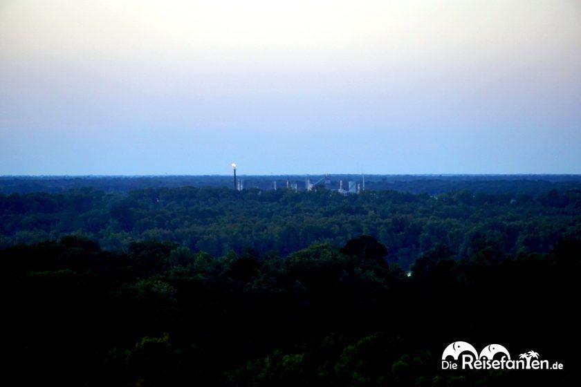 In der Ferne waren Raffinerien zu sehen vom 10 South in Vickburg aus