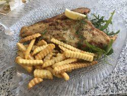 Schollenfilet im Restaurant Der Pirat auf Wangerooge
