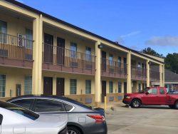 Parkplatz vom Pelican Inn