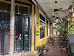 Aussenbereich vom Balcony Guest House in New Orleans
