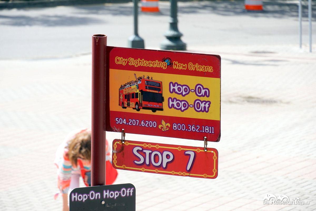 Schild der City Sightseeing New Orleans Busse