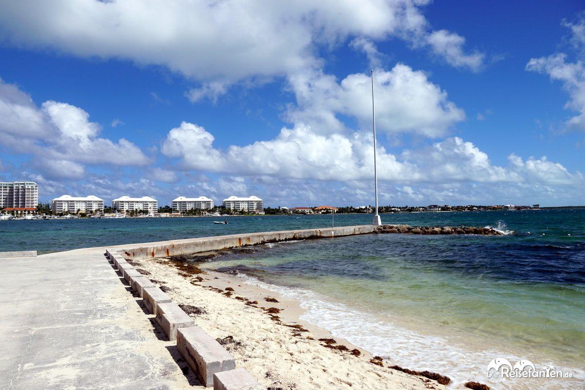 Ansichten von Montagu Beach in Nassau