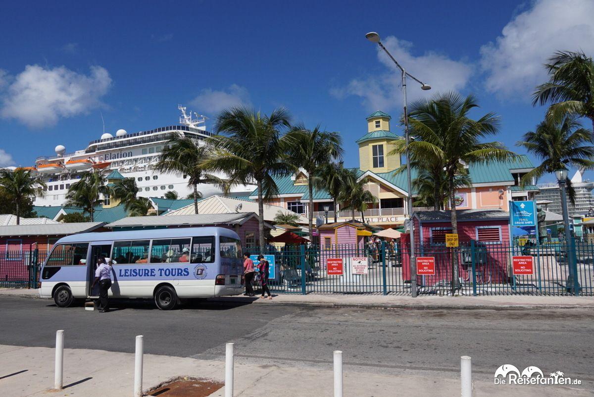 Blick auf das Terminal von Nassau