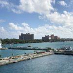 Blick von der Carnival Elation auf Nassau