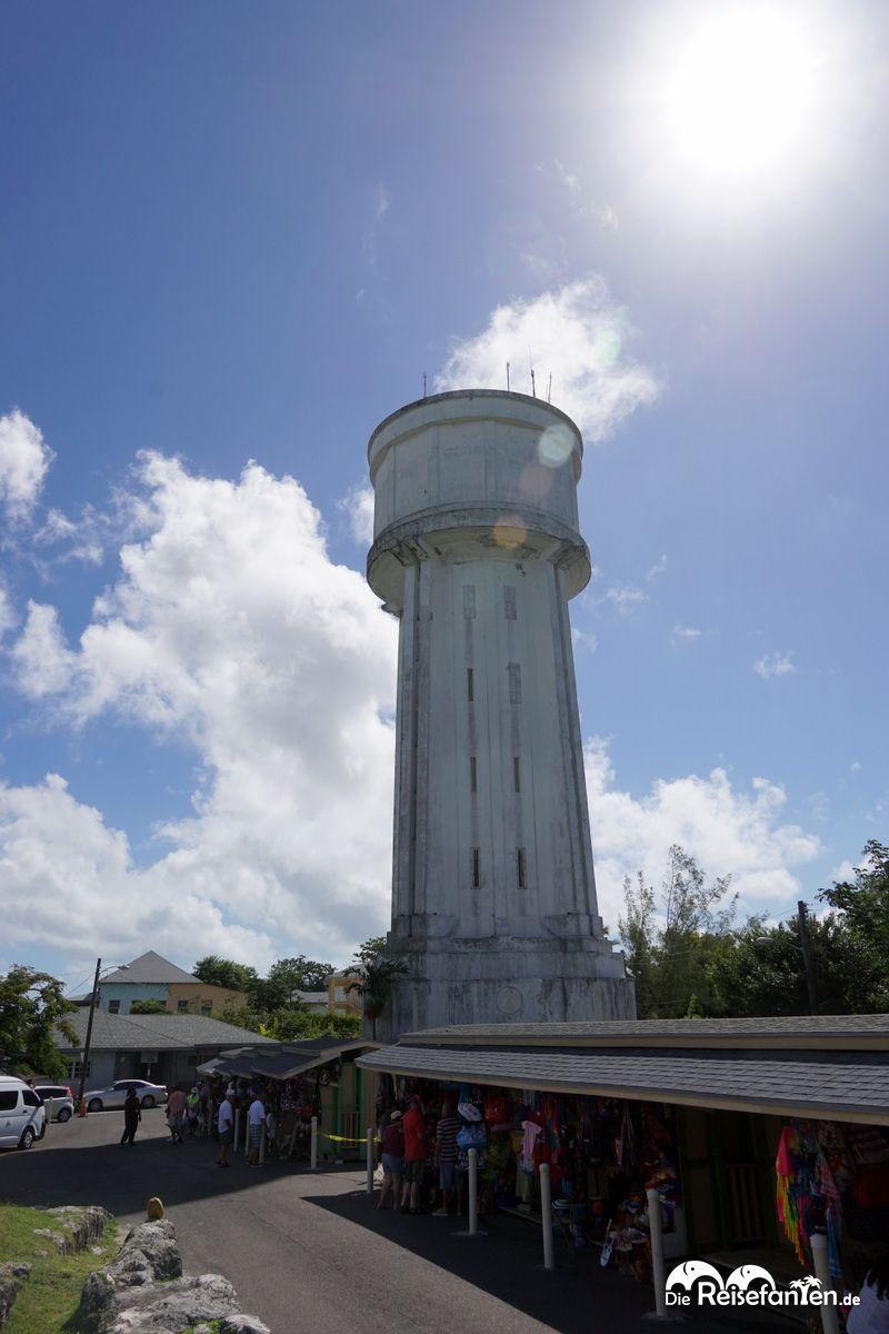 Der Wasserturm oberhalb von Nassau