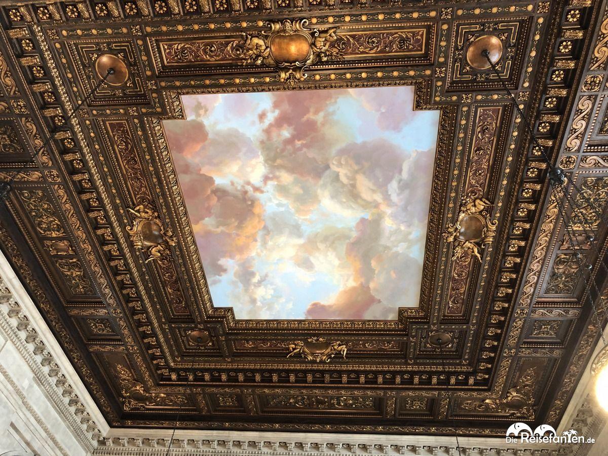 Deckenmalerei in der New York Public Library