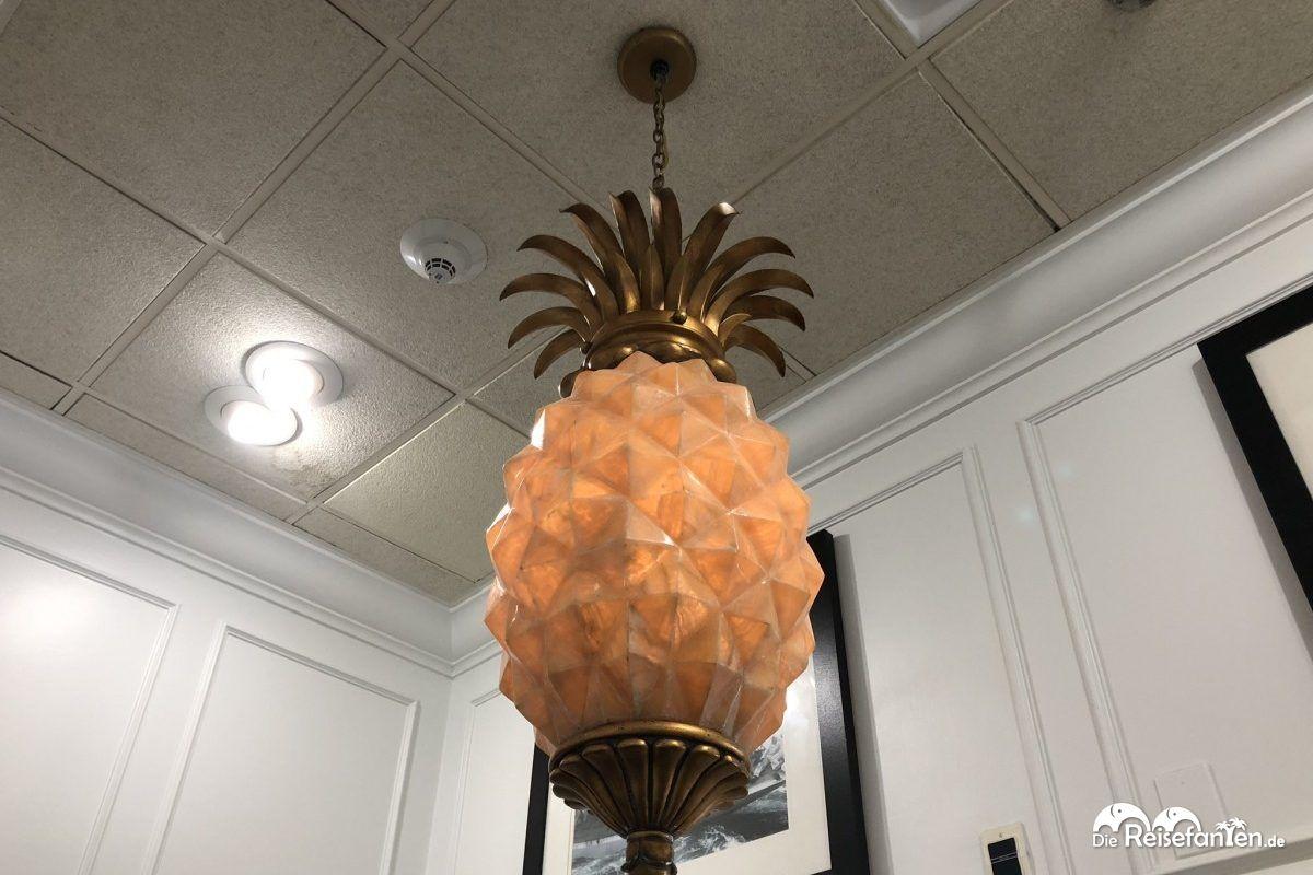 Die Ananas als Symbol der Gastfreundschaft ist in vielen Formen zu finden