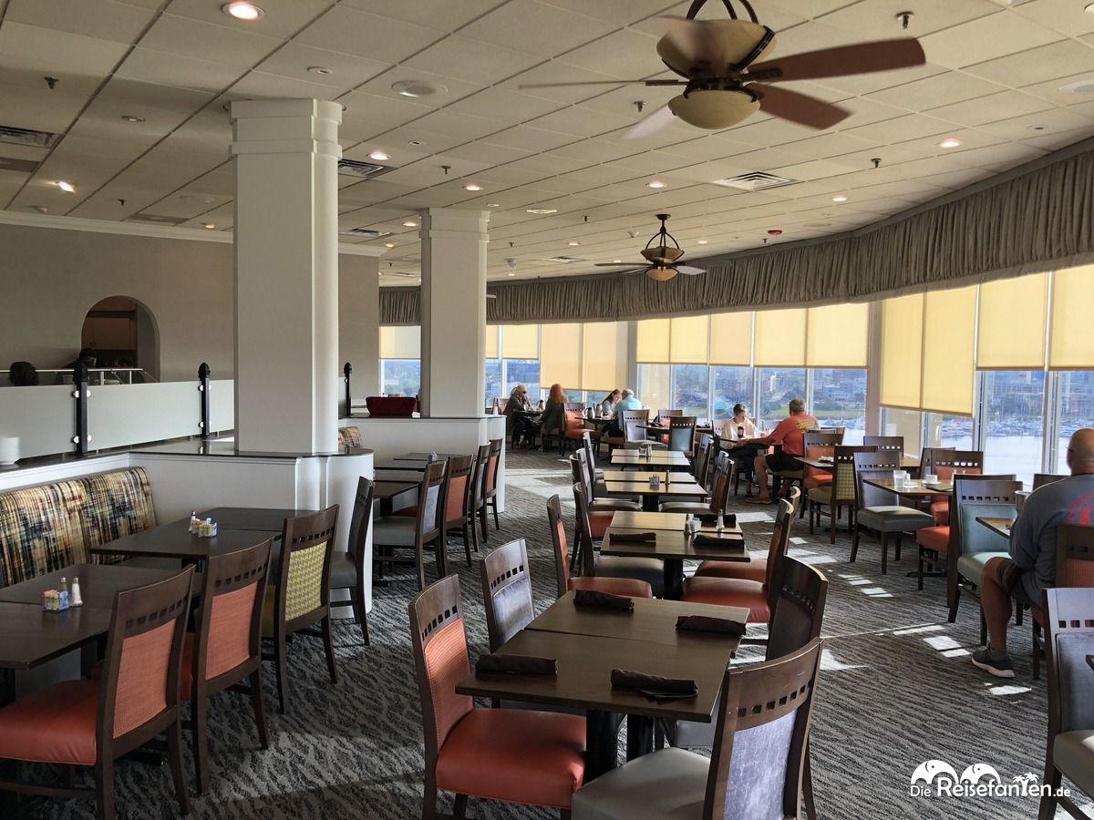 Frühstücksraum im Holiday Inn Charleston Riverview