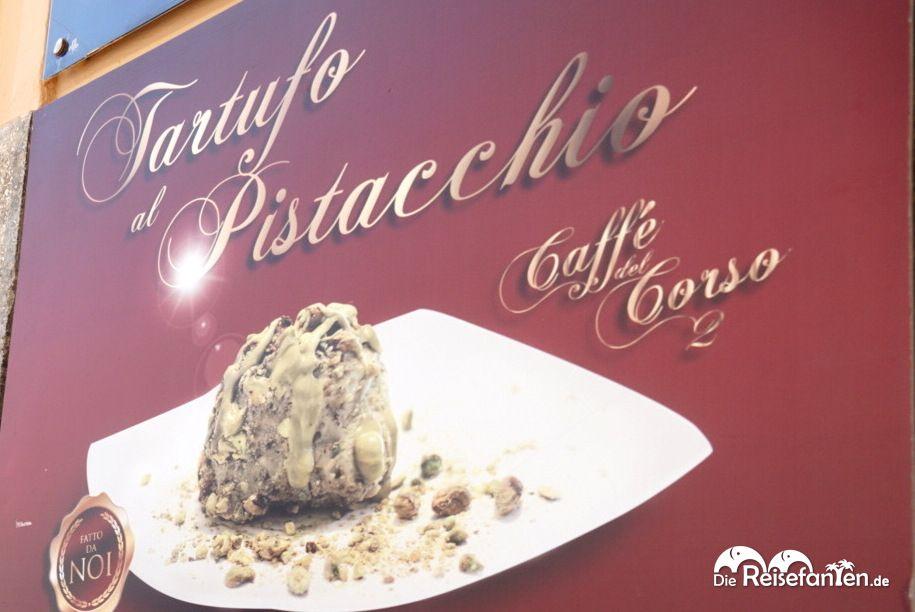 Damit wird hier geworben Tartufo Pistacchio im Caffe del Corso in Tropea