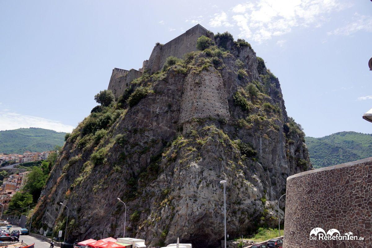 Das Kastell Ruffo in Scilla in Italien