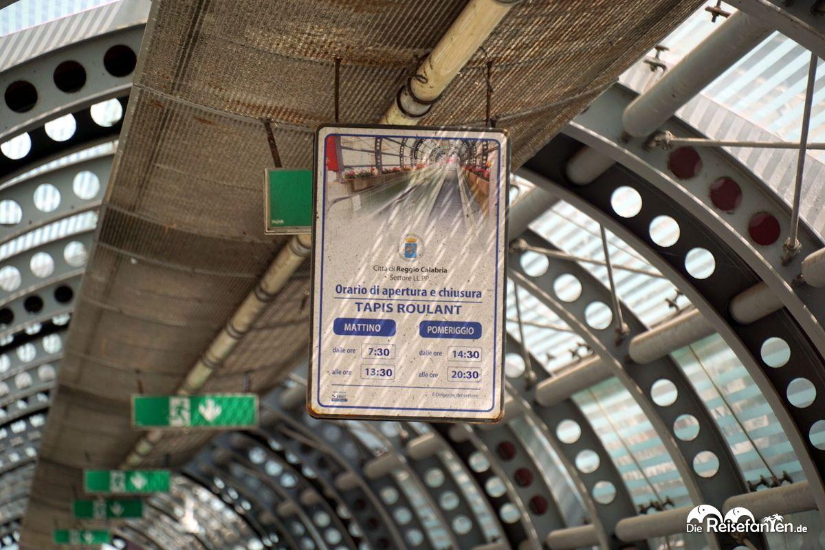 Die eigentlichen Öffnungszeiten der Rolltreppen von Reggio Calabria
