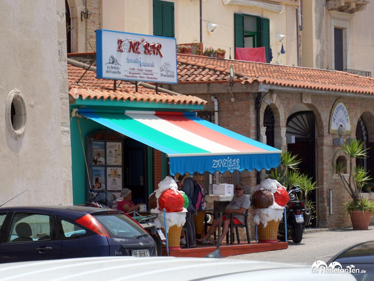 Gutes Eis in der Zanzibar in Scilla in Italien