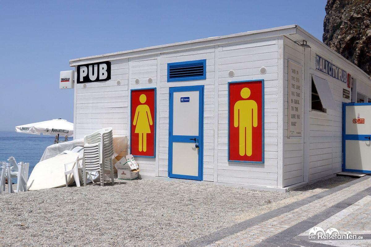 Markante Toilettenmarkierung in Scilla in Italien
