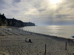 Später Nachmittag am Strand von Tropea