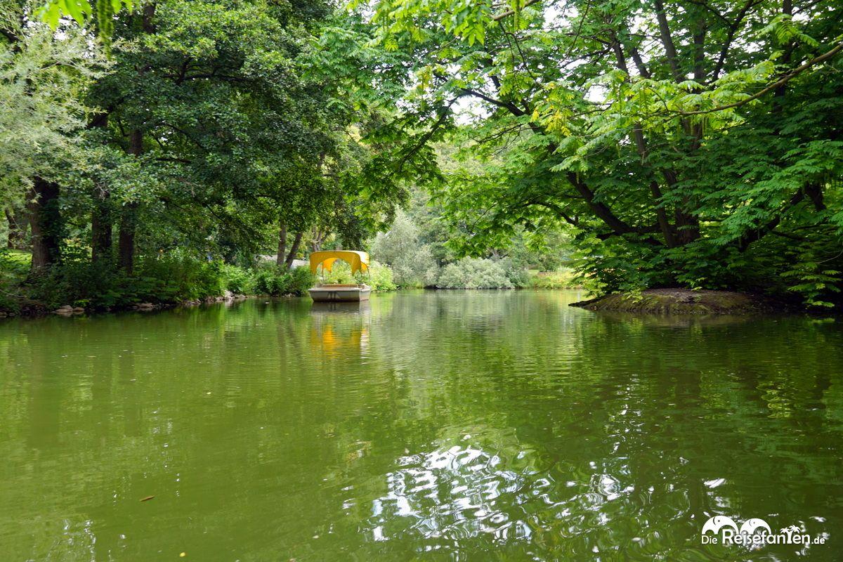Boot der Gondoletta im Luisenpark Mannheim