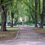 Ein weiterer Brunnen im Herzogenriedpark in Mannheim.jpg
