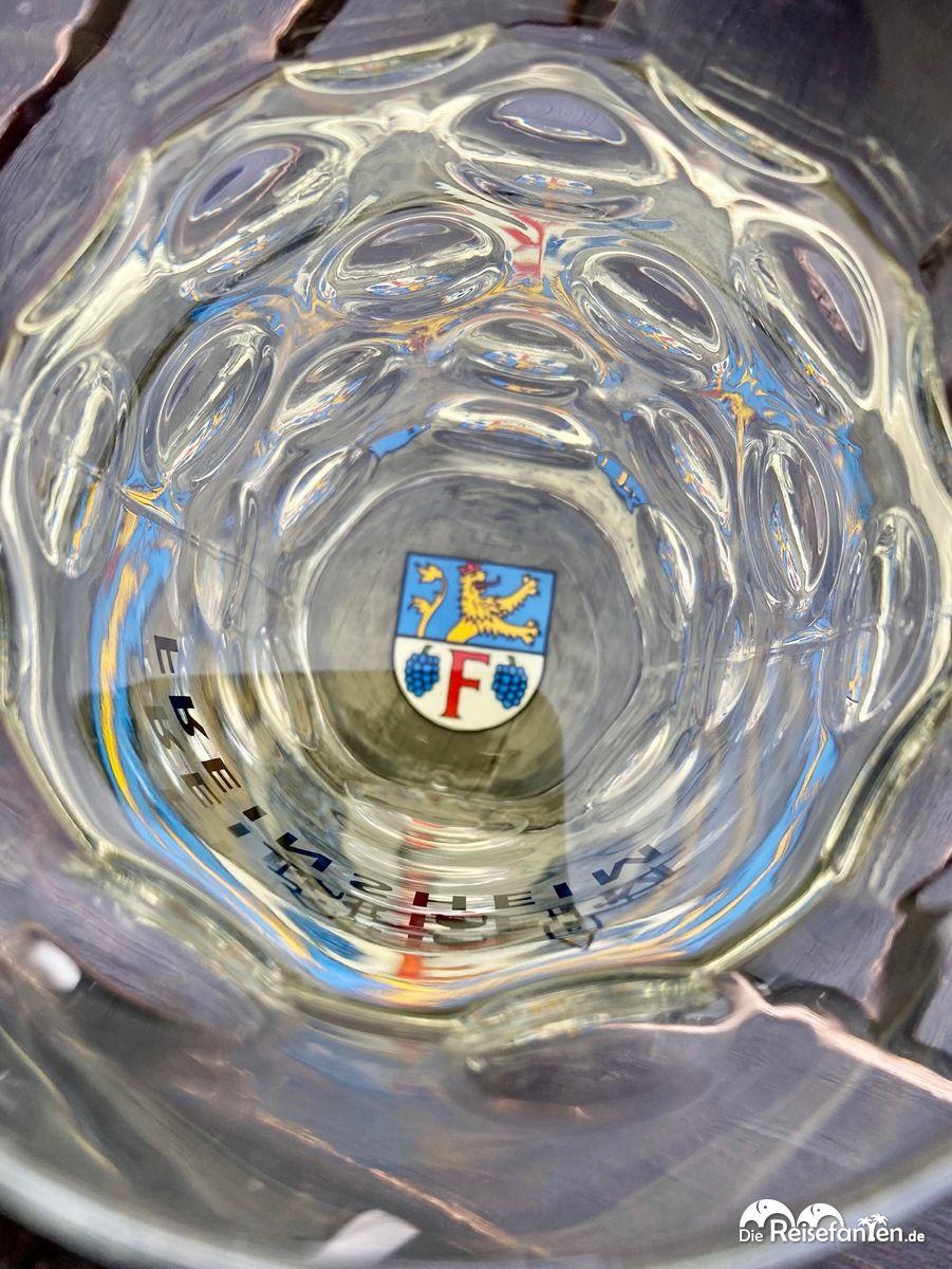 Weinschorle in der Hofschänke im Zwinger in Freinsheim