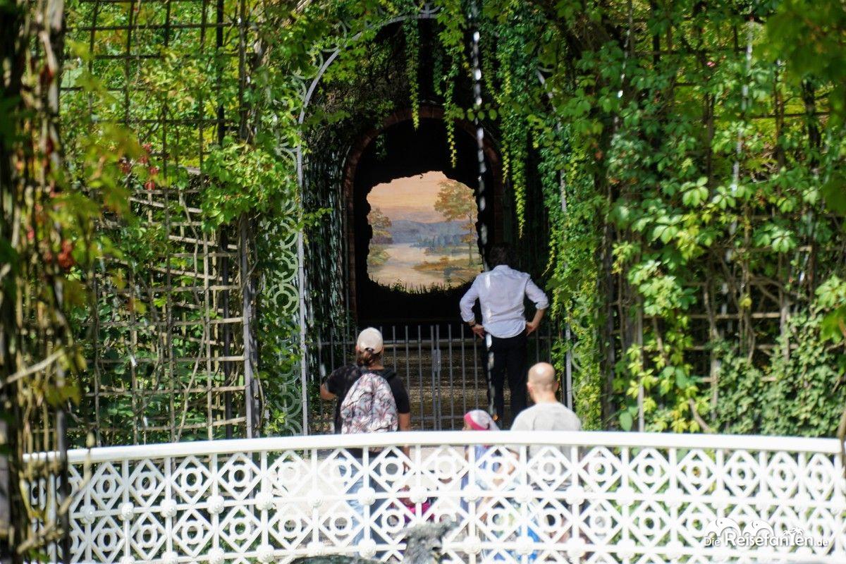 Das Bild vom Ende der Welt im Schwetzinger Schlosspark
