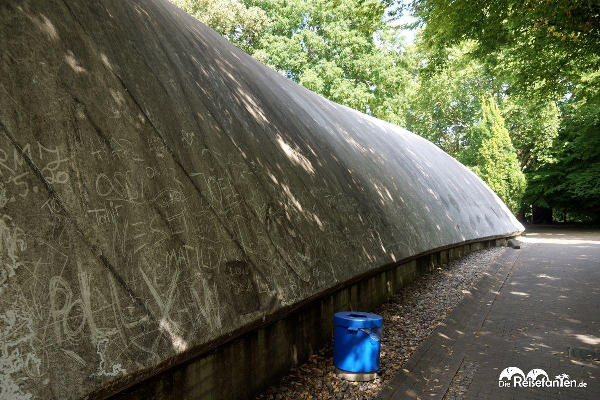 Die Haut der Multihalle im Mannheimer Herzogenriedpark