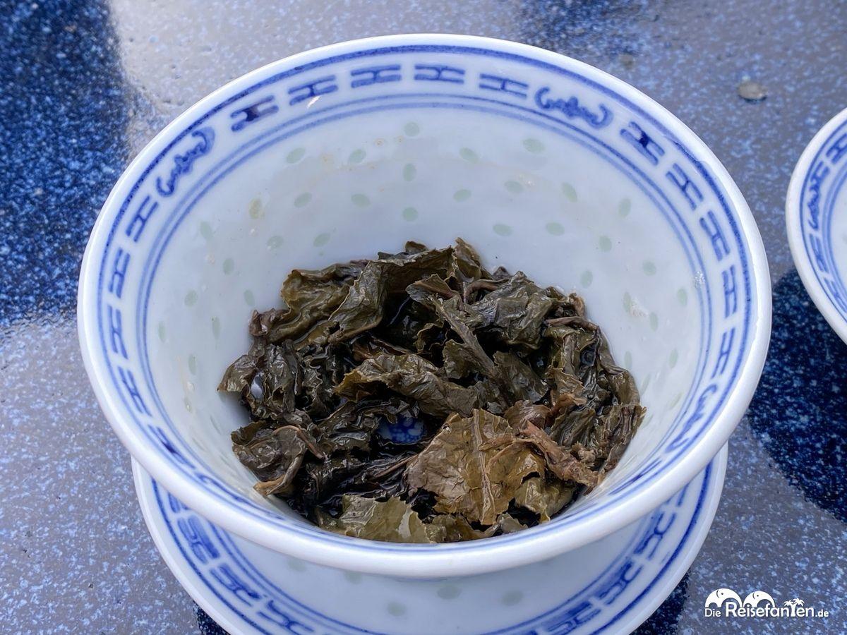 Nach der Teezeremonie im Chinesischen Teehaus im Luisenpark Mannheim