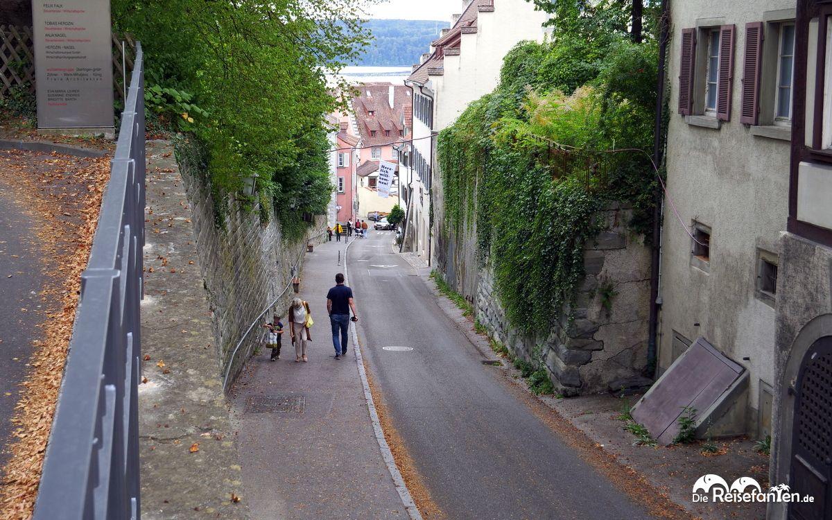 In dieser steilen Strasse liegt das Restaurant Guten Taco in Überlingen
