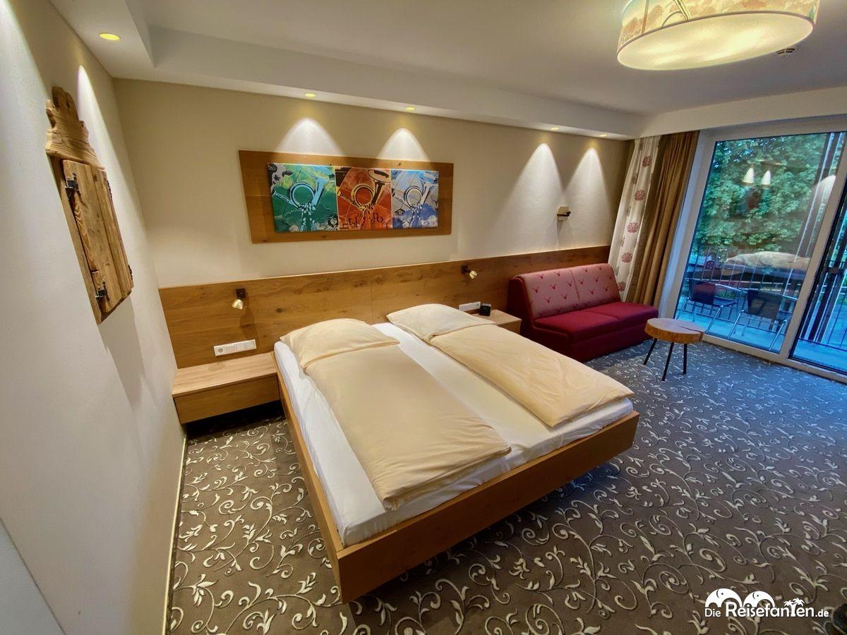 Zimmer mit Balkon im Hotel zur Post in Rohrdorf