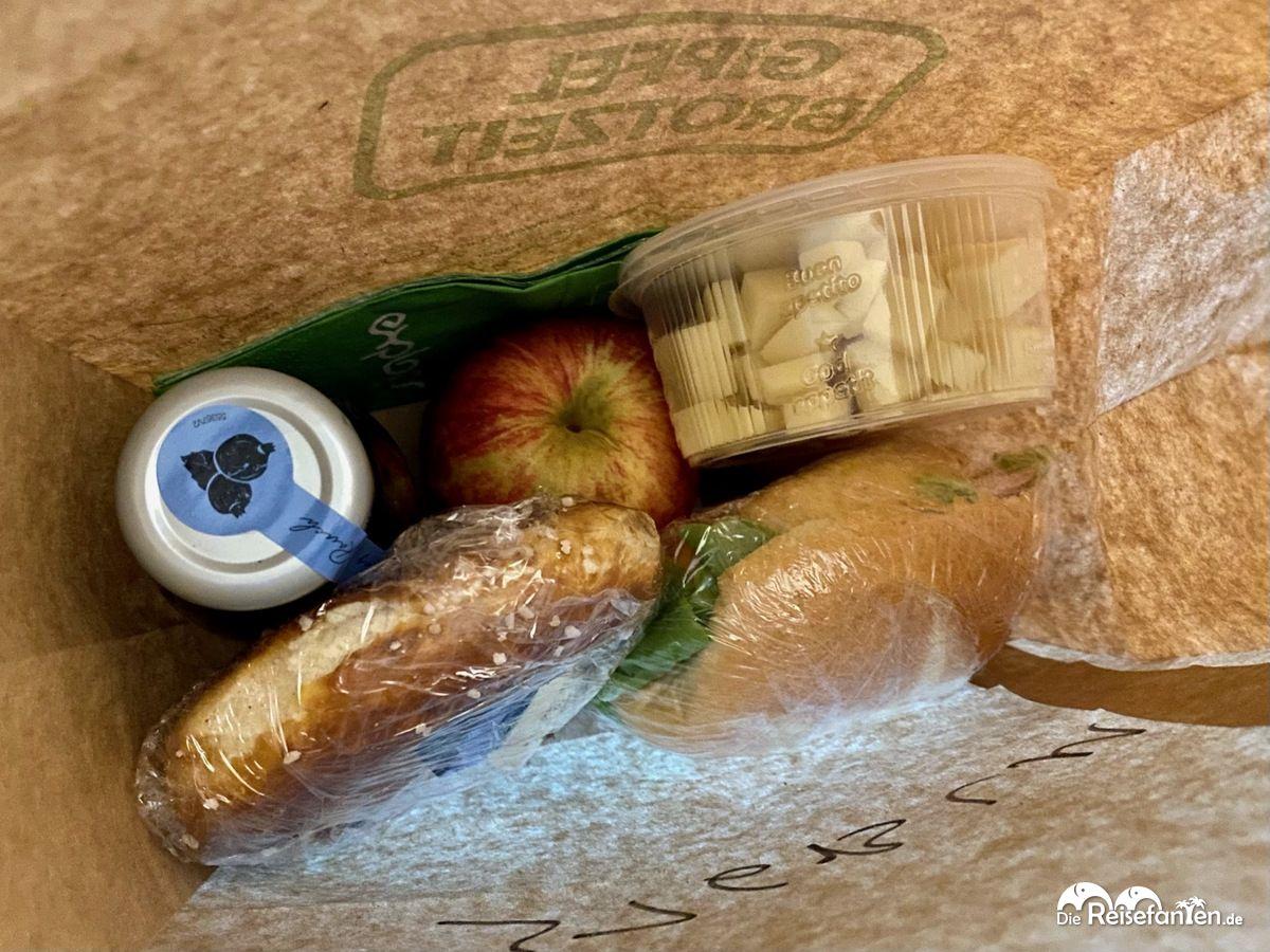 Liebevoll gepackte Frühstückstüte im Explorer Hotel Bertesgaden am Königssee