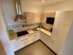 Küchenzeile unseres Appartements in der Residence Reinhild in Nals in Südtirol