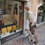 Schaufensterkunst in Brixen