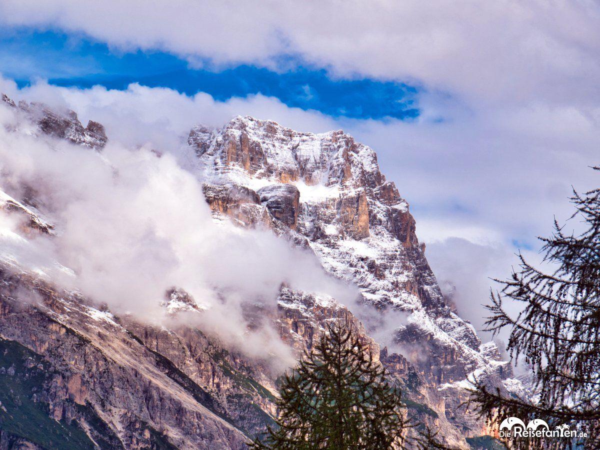 Schöne Berge an unserem Haltepunkt