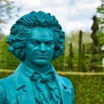 Beethoven Büste im Park der Gärten