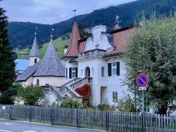 Märchenhafte Häuser in Innichen