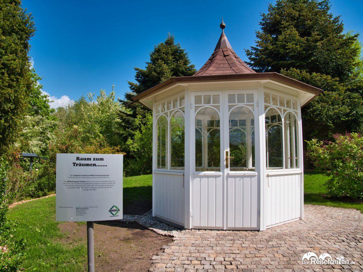 Pavillon im Park der Gärten