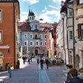 Straßenszene in Bruneck