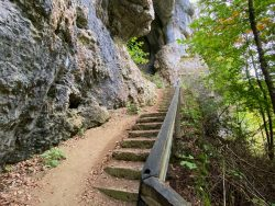 Aufstieg zur Riesenburg in Wiesenttal