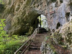 Treppe in der Riesenburg in Wiesenttal