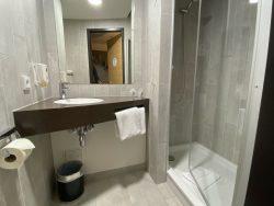 Badezimmer im B&B Hotel Eisenach