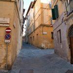 In der Via Stalloreggi in Siena