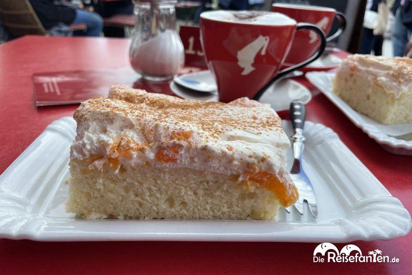 Schmandkuchen im Cafe Strandvilla in Niendorf
